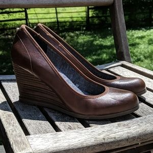 Dr. Scholl's Vegan Leather Penelope Wedge Pump